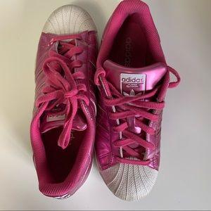 💓Metallic Pink Adidas Superstars 💓